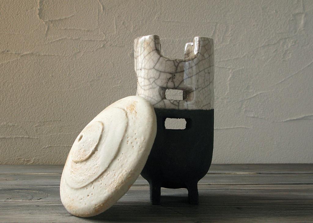 farmer lantern open - DGsign pottery