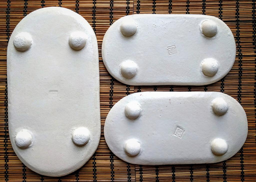 piedini semisferici per vassoi ceramica - Dgsignpottery